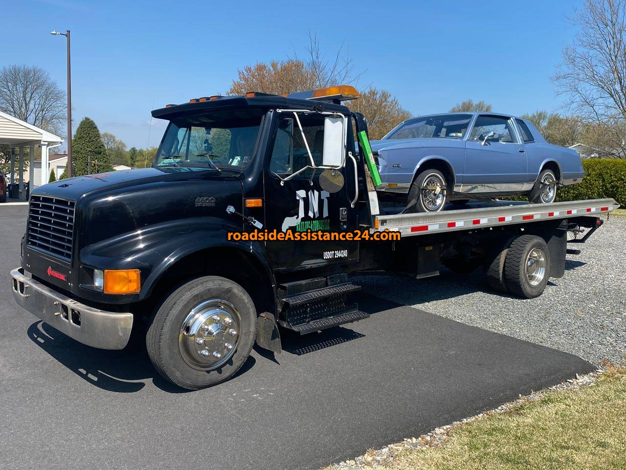 TNT HAULING & TOWING LLC